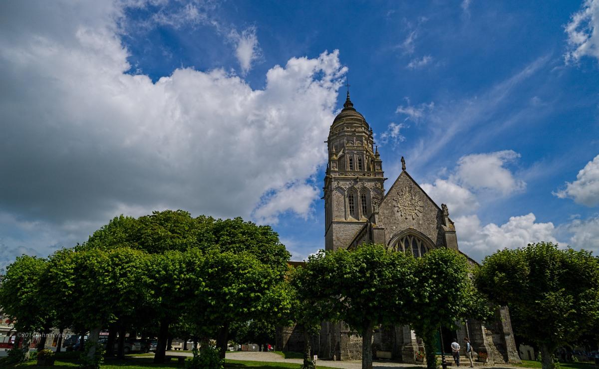 Sainte Marie Du Mont Church
